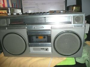 Panasonic RX-5080 AM-FM Vintage Cassette Boombox in Very Good Condition