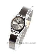 OMAX Señoras Plata Cuadrante Reloj, acabado en plata, SEIKO (Japón) Movt. RRP £ 49.99