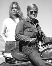 "Robert Redford & Lauren Hutton ""Little Fauss And Big Halsy"" - 8X10 Photo (Ww284)"