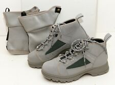 ORVIS MENS Grey Hiking Boots W/ Waterproof Liners/Socks  Size 8 NEW IN BOX