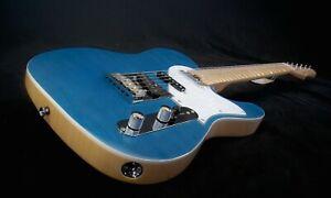 Aria 615 Mk2 Nashville, trans. blue