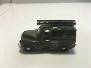Morris Minor Van 76627 von Classix