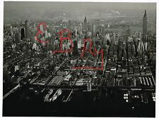 WWII ERA USAAF AERIAL 11X14 PHOTOGRAPH OVER THE NEW YORK CITY SKYLINE LOOK