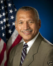 MAJOR GENERAL CHARLES BOLDEN JR. 8X10 PHOTO NASA USMC