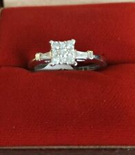 BRAND NEW BEAUTIFUL 9CT WHITE GOLD 25PT CLUSTER SQUARE RING SIZE L