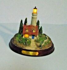 """Thomas Kinkade Lighted Lighthouse/Figurine """"Clearing Storms"""""""