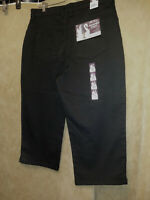 """Gloria Vanderbilt NWT Size 12 Amanda Capri Pants Black 11.5 rise 30.5"""" long"""