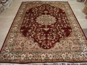 Wow Mid Night Red Medallion Floral Hand Knotted Rug Wool Silk Carpet (9 x 6)'