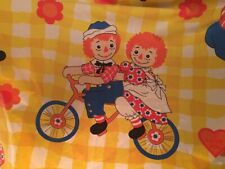 Raggedy Ann and Andy 1970's Twin Bed Flat Sheet Wamsutta Yellow Check Vtg