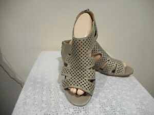 LADIES    SUPERSOFT  SHOES  (ELECKTRA)  SIZE 8 C FREE POSTAGE