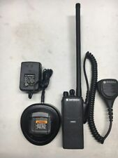 MOTOROLA PR860 LOW BAND 35-50MHz 16 CHANNEL TWO WAY RADIO AAH45CEC9AA3AN CP HT