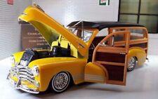 Voitures, camions et fourgons miniatures jaunes pour Chevrolet 1:24