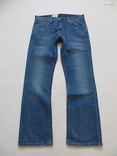 Levi's Herren-Bootcut-Jeans mit regular Länge und niedriger Bundhöhe (en)