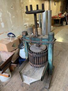 Antique Apple Cider Fruit Wine Grape Press