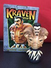 Buste KRAVEN Bowen - Avec sa boîte -