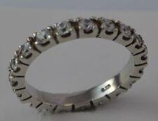 schöner Memory-Ring - mit Zirkonia / 925er Silber