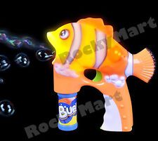 Clown Fish Bubble Blaster Squirt Gun Flashing LED Light Up Outdoor Summer RM1180