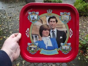 1981 Wedding of Prince Charles & Lady Diana large square Tin Tray with Portraits