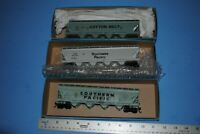 3 Athearn HO 3-BAY COVERED HOPPERS Southern Pacific SP Cotton Belt SSW
