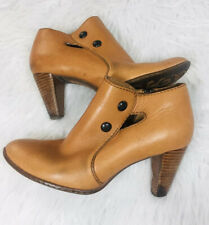 Born Crown Handcrafted Ankle Boots Camel Brown Leather Women's Size 8.5