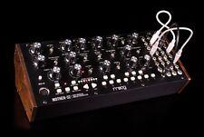 MOOG MOTHER-32: Semi-modular Analog Synthesizer - NEU!