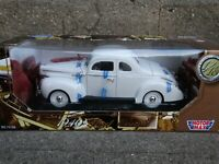 Motor Max 1940 Ford Deluxe Coupe 1:18 Scale Diecast Model Car White