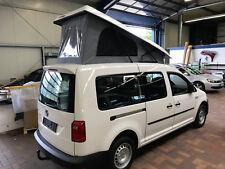 VW Caddy Maxi mit Schlafdach Bett und Auflage innen mit Filz bezogen