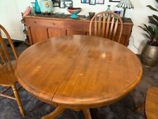 Windsor Round Extension Dining Room Table with 4 Arrowback Dining Chairs