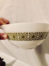 PYREX GREEN WHITE VERDE SQUARE FLOWERS 1 1/2 QT Cinderella Nesting Bowl  442