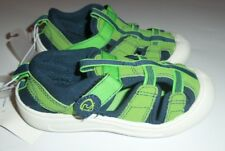 Youth Size 10 Wave Zone Water Shoes Green & Navy Blue nwt