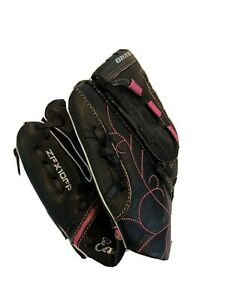 Girls Easton Synergy Fastpitch Left Handed Softball Glove