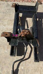 1986-92 Jeep Comanche MJ Drivers Side Bucket Seat Bracket/Adjuster Assembly