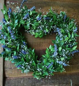 Herz Buchsbaum Lavendel Landhaus  Kranz Türkranz Blüten Sommer Tischgesteck