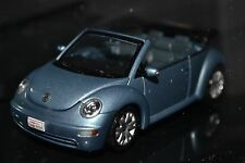 VW New Beetle Cabrio AutoArt diecast vehicle in scale 1/43
