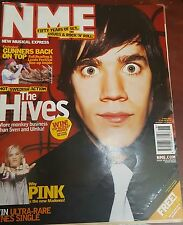 NME MAGAZINE MAY 2002 - THE HIVES- PINK-