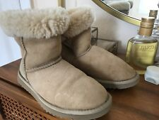 Sand shower UGGS Australia boots 5 US size used