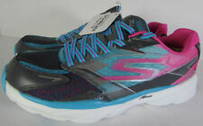 Fabric Covered Solid Athletic Shoes for Women
