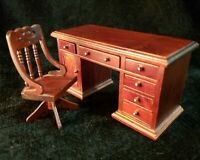 Miniature Wood Desk and Chair Office Furniture Set for 1:12 Dollhouse Toy