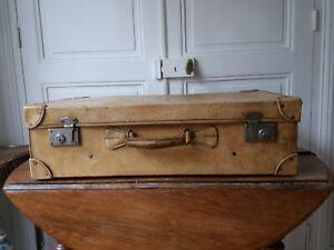 Ancienne valise en cuir beige
