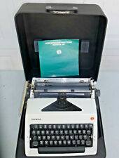 Olympia SM Manual Typewriter w/Case -Clean--Works Great! Serial# 5564149