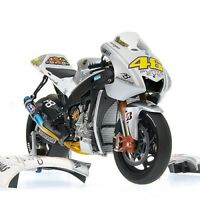 MINICHAMPS 122 093046 093076 or 093146 YAMAHA model bikes ROSSI MotoGP 2009 1:12