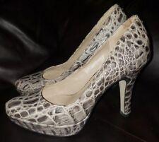 Talbots Womens Gray Crocodile Print Textured Platform Pumps Size 6B