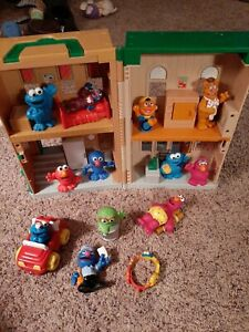 Sesame Steet Mr. Hooper's Store Playset & Figures Toy Lot