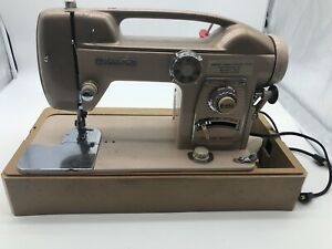 HEAVY DUTY WHITE SEWING MACHINE MODEL 764 ALL METAL WITH CASE