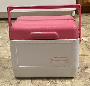 Vintage Rubbermaid GOTT Tote 6 Lunch Box CoolerIce Chest 6 Pack 1806 Pink Lid