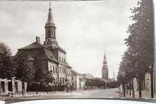 18796 Foto AK TILSIT Deutsche Straße mit Rathaus u. Kirche um 1925 Ostpreußen