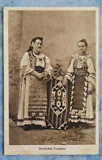 alte AK Zwei Frauen Serbische Trachten Serbien Kultur Nr. 17214 um 1920