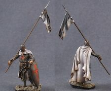 Tin toy soldiers ELITE painted 54 mm Medieval knight with a flag