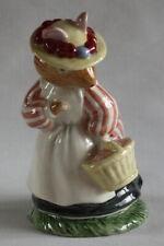 Royal Doulton Brambly Hedge - Lady Woodmouse - DBH5 Figurine Jill Barklem 1982