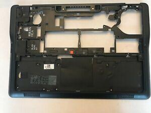 Dell Latitude E7250 Bottom Base. 05JK6H AMI4A000701 Case Chassis Frame (246a/1)